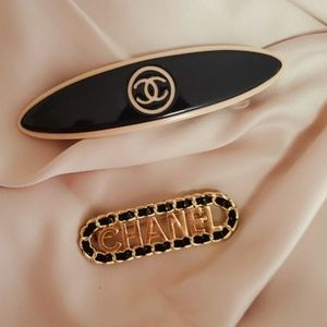 Chanel hair clip and broach set